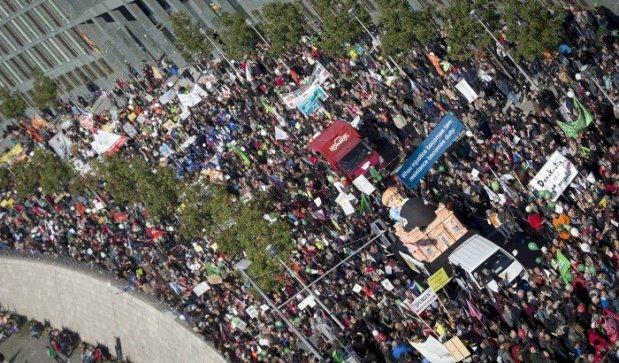 serveImage.phpتظاهرات برلن علیه تی تی آی پی 2